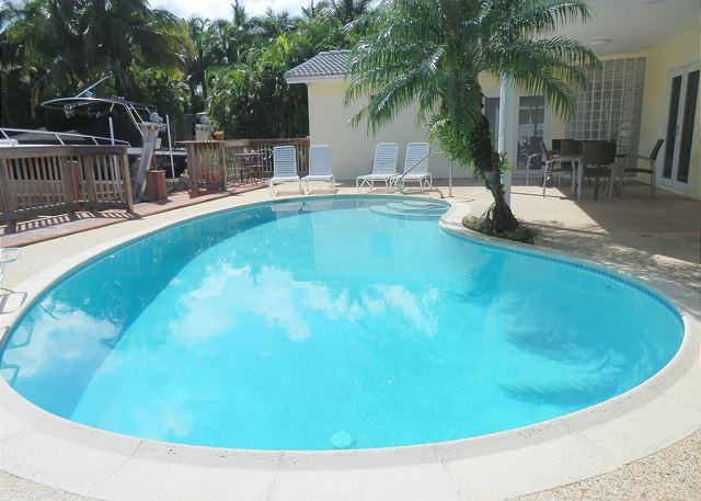(Harbor House) Bring your Yacht to this Deep Waterfront 3 bedroom 2 bath home - Image 1 - Hollywood - rentals