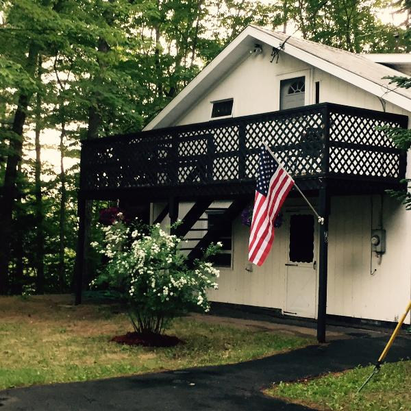 Serene Carriage House - Carriage House in Beautiful Lake Luzerne - Lake Luzerne - rentals