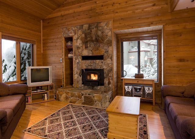 Rustic Open Concept Living Area with Fireplace - Telemark #8 | 3 Bedroom + Loft Townhome with Ski-In Access, Mountain Views - Whistler - rentals