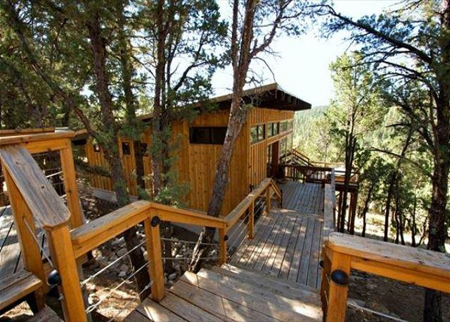Neeley Mountain House has a spectacular view from the deck area. - Image 1 - Alto - rentals