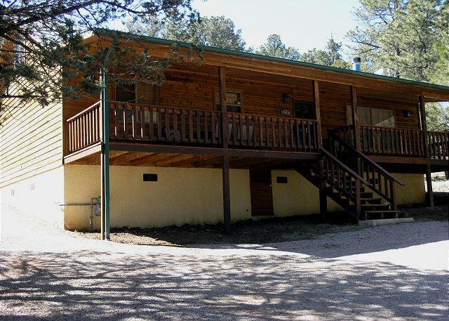 Sun Valley Cabin is a cozy two bedroom cabin with lots of wild life to see. - Image 1 - Alto - rentals
