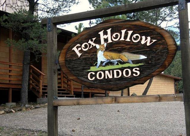 Fox Hollow Condo #01 is centrally located in the White Mountain area. - Image 1 - Ruidoso - rentals