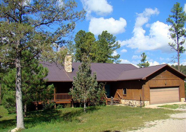 Amy's Little Ponderosa is a quiet country style home on 5 acres in Ruidoso. - Image 1 - Ruidoso - rentals