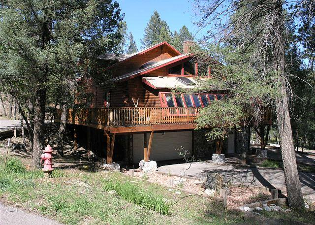 Antler Mountain Lodge is full of mountain taste that will satisfy everyone. - Image 1 - Ruidoso - rentals
