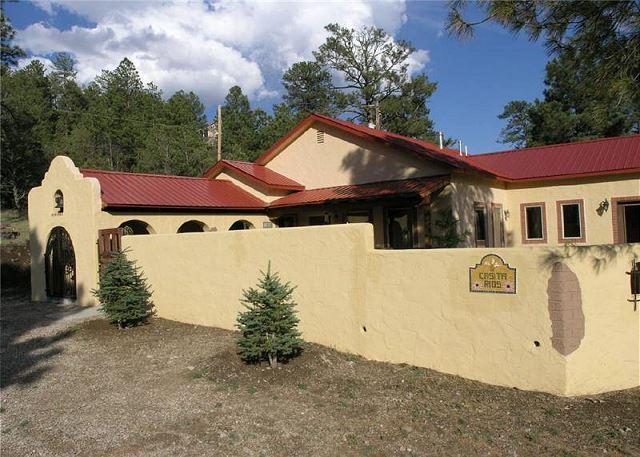 Casita Rios is a gorgeous Spanish style 2 bedroom 2 bath secluded getaway. - Image 1 - Ruidoso - rentals
