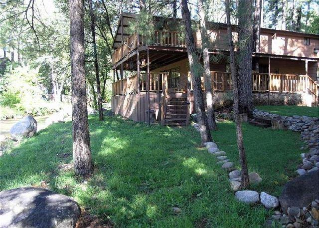Sleepy Hollow on the River is a perfect mountain home on the river. - Image 1 - Ruidoso - rentals