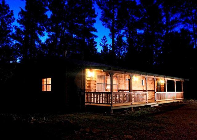 123 Rising Hill is a two bedroom home located in beautiful Upper Canyon area. - Image 1 - Ruidoso - rentals