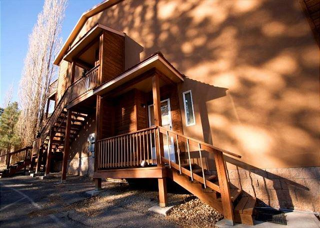 Touch of Texas #5 is a cozy 2 bedroom 1 and half bath near midtown. - Image 1 - Ruidoso - rentals
