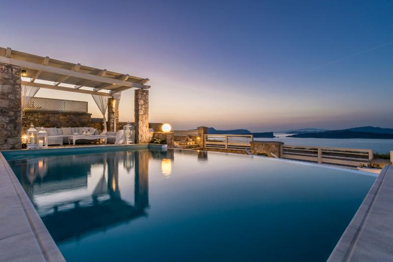 5 bedroom luxury villa with private pool - Image 1 - Akrotiri - rentals