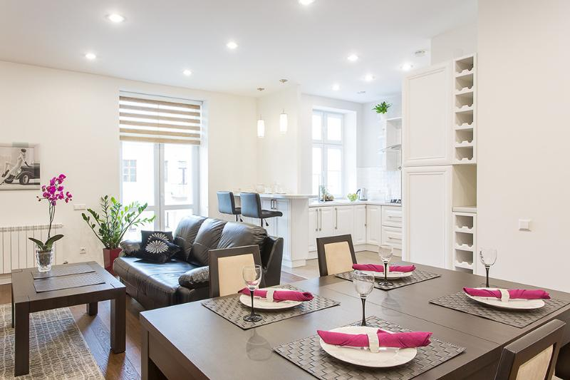 Dinning room - Royal Stay Group Apartments (308) - Minsk - rentals
