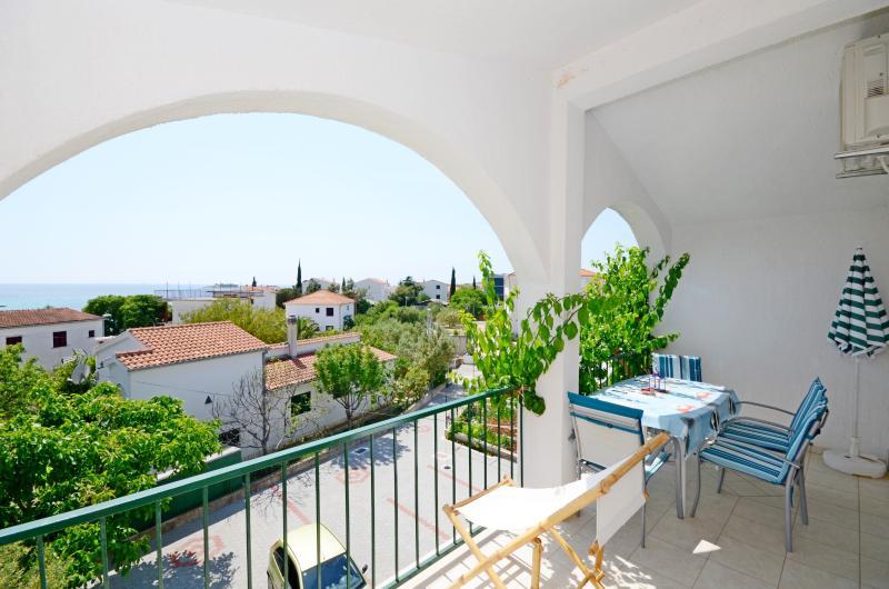 Apartment Pavica - 10281-A3 - Image 1 - Rogoznica - rentals