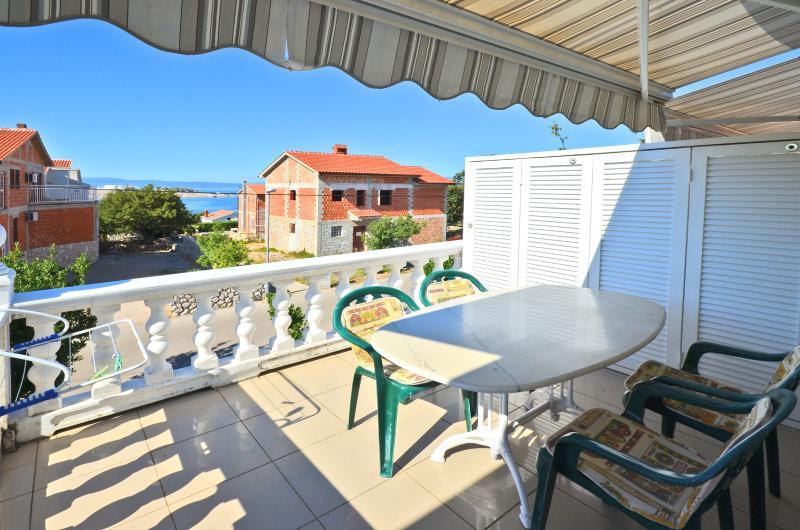Apartments Katica - 60631-A3 - Image 1 - Omisalj - rentals