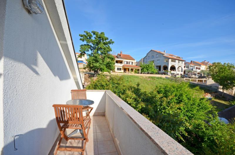 Apartment Željko - 61041-A1 - Image 1 - Njivice - rentals