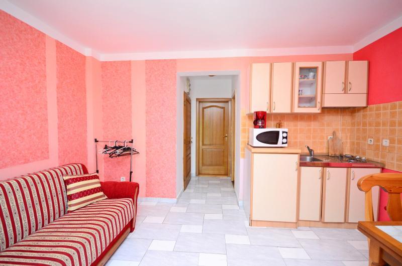 Apartments Manda - 74611-A5 - Image 1 - Fazana - rentals