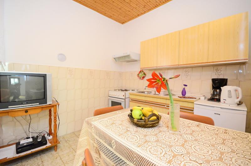 House Dario - 75531-K1 - Image 1 - Peroj - rentals