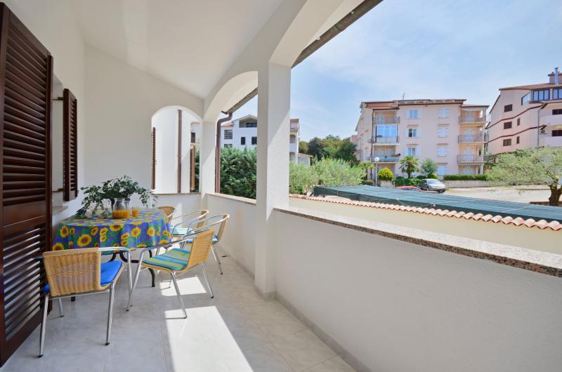 Apartments Slava - 75671-A2 - Image 1 - Vrsar - rentals