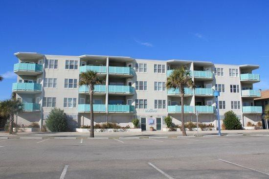 This deluxe condo complex is located ocean front in the heart of all the action and features panoramic views of Tybee Beach and the Atlantic Ocean - Sandpiper Condominiums - Unit 101 - Ocean Front - Tybee Island - rentals