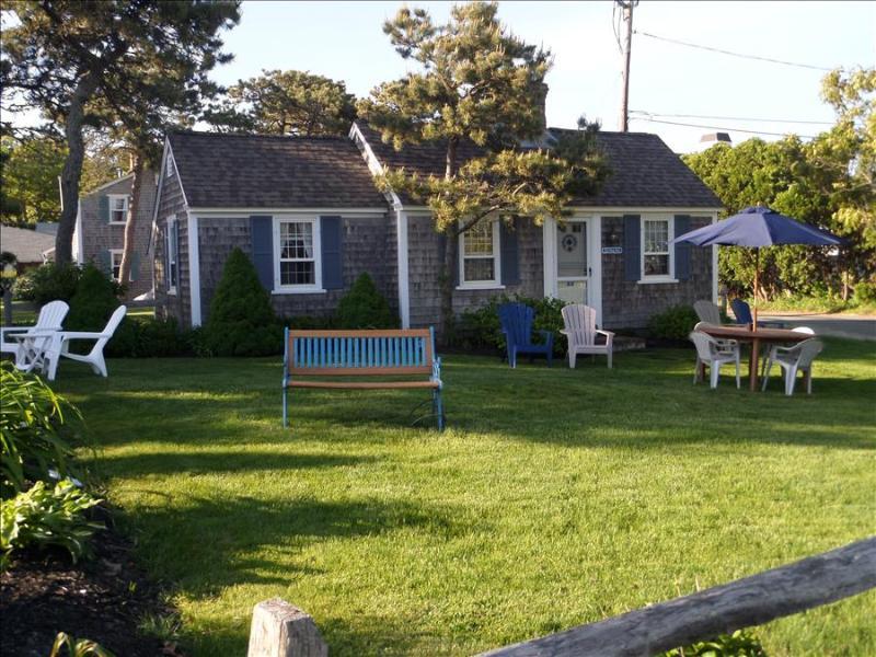 Dennis Seashores Cottage  3 - 2BR 1BA - Image 1 - Dennis Port - rentals