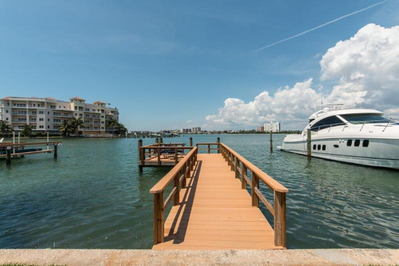 Casual Elegance - Monthly Beach Rental - Image 1 - Clearwater - rentals