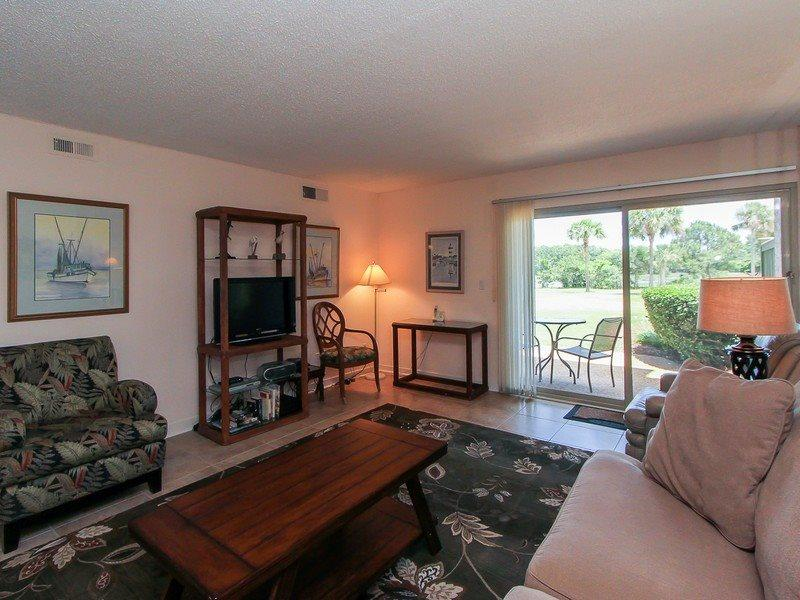 1723 Bluff Villa - 1 bedroom vacation condo rental in Sea Pines - 1723 Bluff Villa - Sea Pines - rentals
