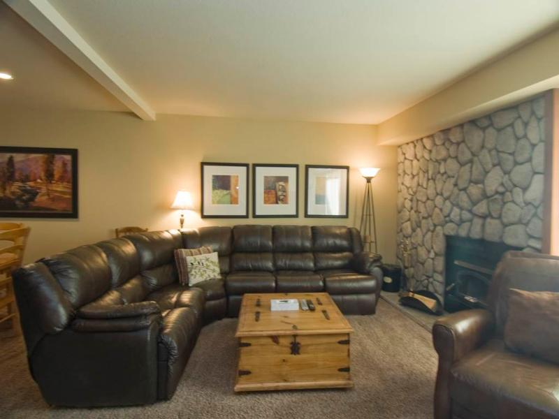 #575 Golden Creek - Image 1 - Mammoth Lakes - rentals