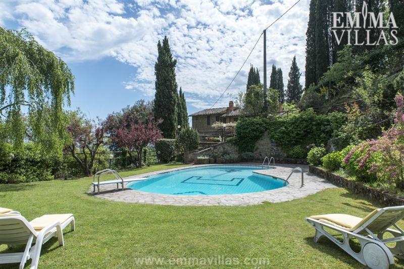 Wonderful 3 Bedroom Vacation House in Tuscany - Image 1 - Montevarchi - rentals