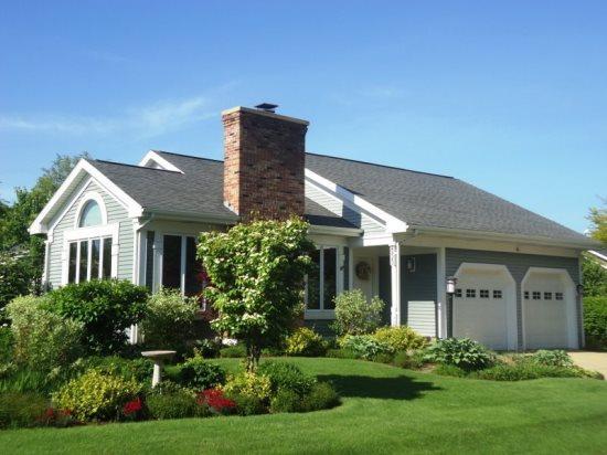 Exterior of home off of Elm Court - Monroe Villa - South Haven - rentals