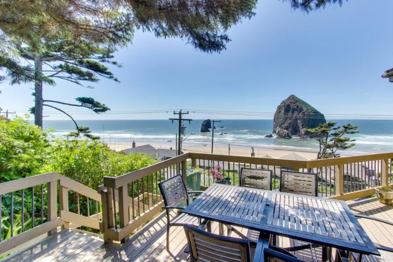 Haystack Views Vacation Rental - Image 1 - Cannon Beach - rentals