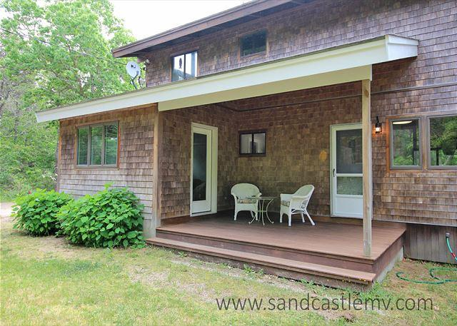 KATAMA HOME LOCATED IN A PRIVATE ASSOCIATION WITH A GREAT SCREENED IN PORCH - Image 1 - Edgartown - rentals