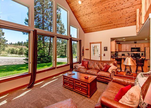 Elk Ridge Chalet - Upscale Cabin in Roslyn Ridge *Summer Specials* 3BR/2BA, WiFi! - Roslyn - rentals