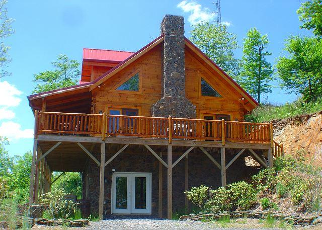 """""""A MAJESTIC VIEW TO BEHOLD"""" Views, WiFi, Jacuzzi & A Short Distance To Town! - Image 1 - Todd - rentals"""