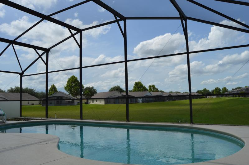 private pool - Westridge gated 4 bed 2 master, pool, free wifi - Davenport - rentals