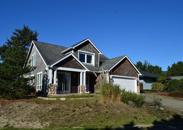 CADDY CORNER~Great Family Home on the Golf Course in MANZANITA, Oregon - Image 1 - Manzanita - rentals