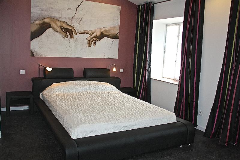 The master bed room - triplex apartment in Carcassonne in southern Franc - Carcassonne - rentals