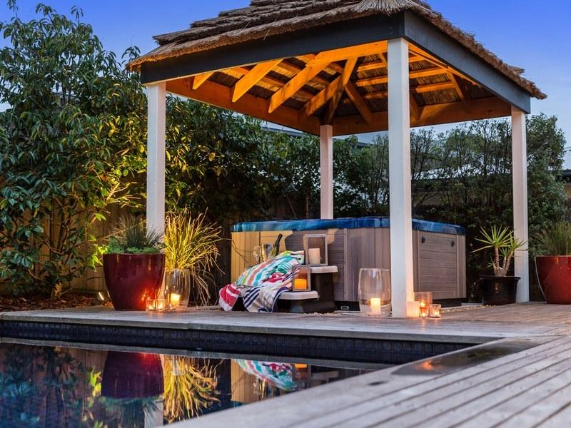 Outdoor heated spa - Ocean Blue Retreat - Rye - rentals