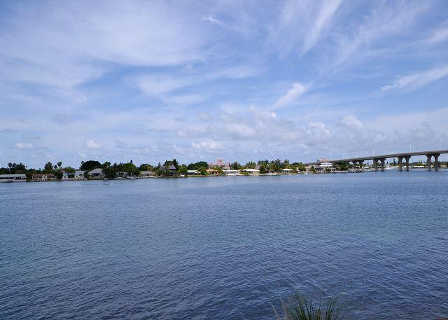 Bahia Vista 14-259 - Fantastic Club Bahia bay view condo at Isla Del Sol - Image 1 - Saint Petersburg - rentals