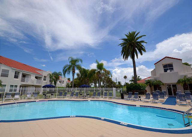 Vista Verde East 3-223 Updated Second Floor Condo at Isla Del Sol! - Image 1 - Saint Petersburg - rentals