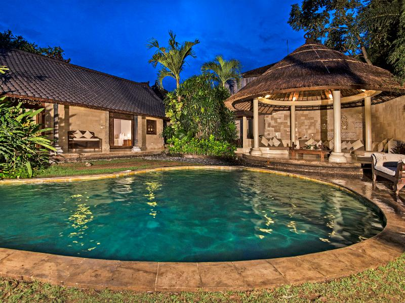 Villa Kubu pool night HERO - Villa Kubu 1 - Seminyak - rentals