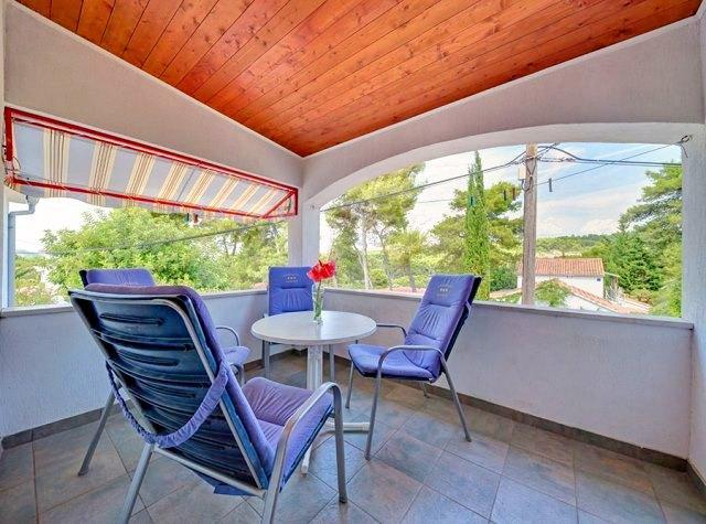 Apartments Mirjana - 33191-A3 - Image 1 - Stari Grad - rentals