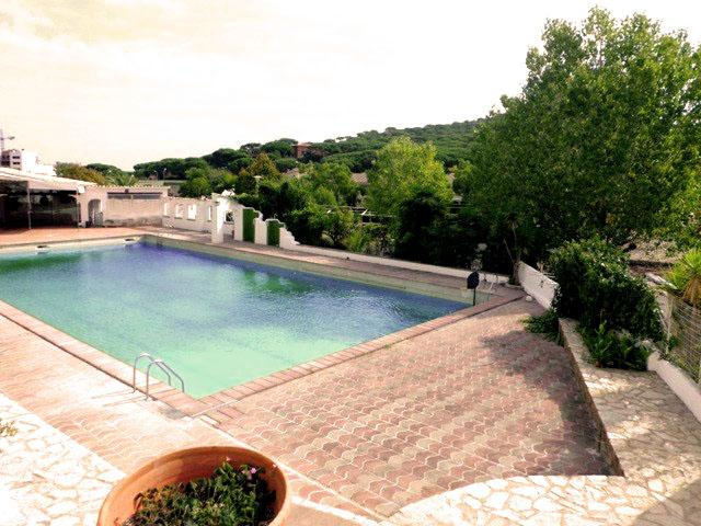 Marvelous condo in S'agaro for 4 guests, just a 10-minute walk to the beach! - Image 1 - Costa Brava - rentals