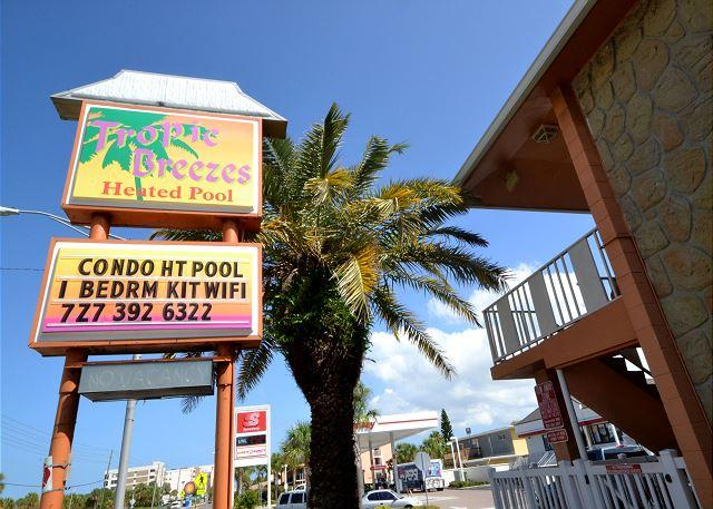 Tropic Breezes #5 - Nice & Nautical!  Ground floor poolside, steps to beach! - Image 1 - Madeira Beach - rentals