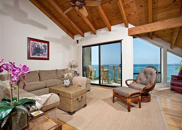 Living room - 2 Bedroom, 2 Bathroom Vacation Rental in Solana Beach - (SONG67) - Solana Beach - rentals