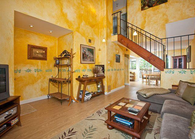 Living room with high ceiling - 3 Bedroom, 2 Bathroom Vacation Rental in Solana Beach - (SB429BAY) - Solana Beach - rentals
