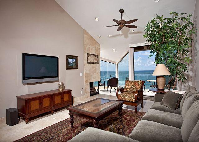Living room with flatscreen - 2 Bedroom, 2 Bathroom Vacation Rental in Solana Beach - (SONG41) - Solana Beach - rentals