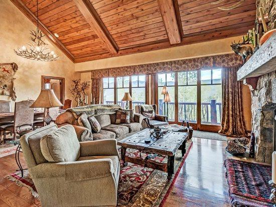 Spacious Living Room with TV, Fireplace, and Great Natural Light from the Wall of Windows - Gorgeous 2BR + Loft Platinum Rated Ski In/Ski Out Ritz Carlton Penthouse - #1 Ritz Carlton in the United States - Beaver Creek - rentals