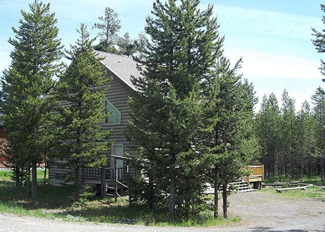 Pine Trees in Heaven is less than 1 mile from the Henry's Fork River. - Image 1 - Island Park - rentals