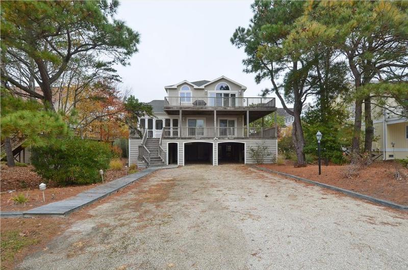 Impressive ocean block coastal home with sunroom and large porch! - Image 1 - Bethany Beach - rentals