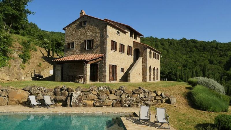 Rasina House - Typical house with private pool and stunning view - Cortona - rentals
