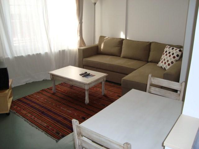 Budget Studio Apartment 1 - Image 1 - Istanbul - rentals