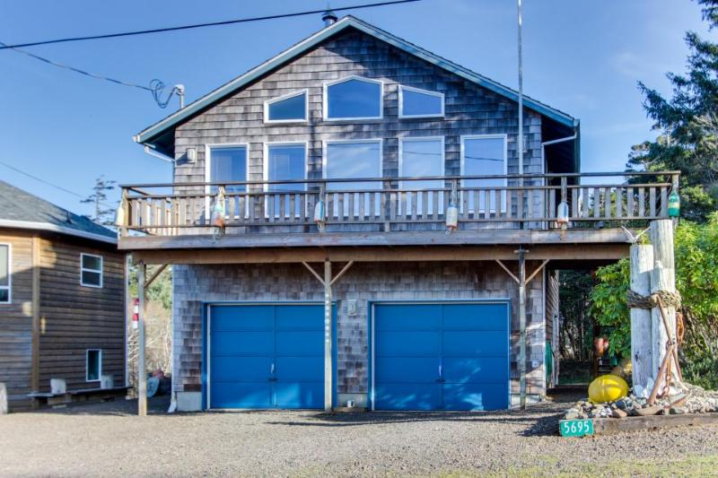The Heron's Nest Vacation Rental - Image 1 - Cape Meares - rentals